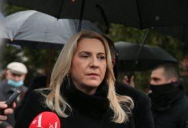 """""""Radimo na više frontova"""" Cvijanovićeva poručila da je problematično ono što se dešava Kovaksom"""