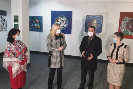 """""""SANIRANI SVI PRIORITETNI OBJEKTI"""" Cvijanovićeva navela da kreće rekonstrukcija Centra za kulturu i obrazovanje u Doboju"""