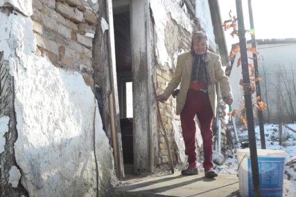 Sva tuga u jednoj suzi: Baka Nada iz Šibovske kod Prnjavora odolijeva teškoj sudbini i IMA JEDNU ŽELJU (VIDEO)
