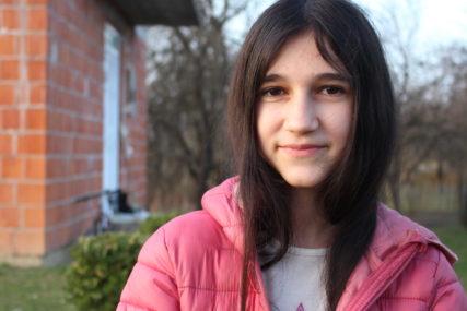 POMOĆ DO ZAVRŠETKA ŠKOLOVANJA Manastir Hilandar dodijelio stipendiju Biljani Čekić