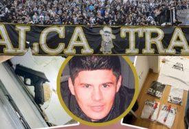 """Vođa navijača """"Alkatraza"""" uhapšen nakon što ga je policiji PRIJAVILA DJEVOJKA"""