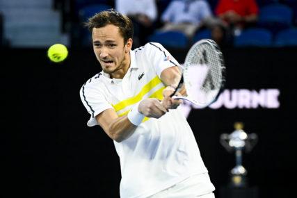 RUS IDE NA ĐOKOVIĆA Medvedev lako savladao Cicipasa i ušao u finale Australijan opena