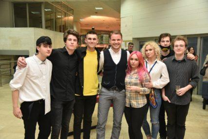 """""""Grad će biti podrška za mlade stvaraoce"""" Stanivuković bio na premijeri predstave """"Mali Agaton"""""""