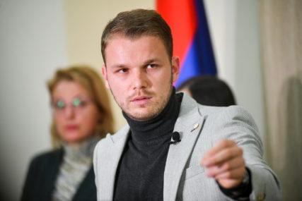 Stanivuković poručio Dodiku: Nekorektno je i bezobrazno kritikovati onog ko vas hrani
