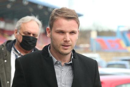 """""""Njega boli duša za finansijama"""" Stanivuković odgovorio na Dodikove optužbe da se IŽILJAVA NAD SKUPŠTINOM"""