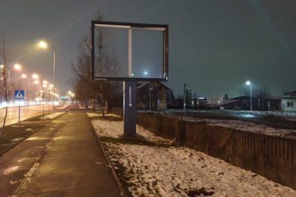 ZA NOĆ NESTALI Ko je i zašto poskidao bilborde u Banjaluci (FOTO)