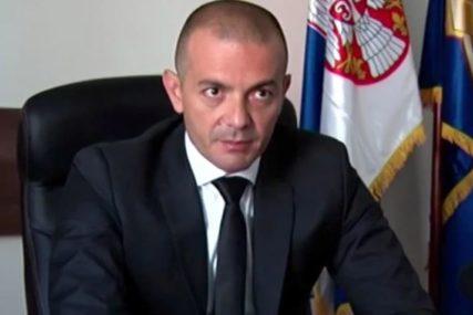Prijeti mu do osam godina zatvora: Tužilaštvo predložilo pritvor bivšem načelniku policije zbog sumnje da je odavao službene tajne