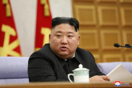 ZBOG KORONE IZBJEGAVALA SVE Supruga Kim Džong Una u javnosti poslije godinu dana