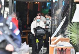 OPSADNO STANJE Nakon nekoliko sati pretresa, iz kluba kojeg su obezbjeđivali ljudi Velje Nevolje, policija iznijela CRNU KESU