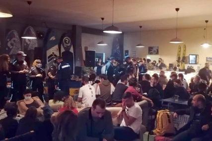 PRIZNAO KRIVICU NA SASLUŠANJU Organizatoru žurke u Beogradu tri mjeseca zatvora