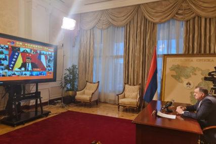 """""""Prošla godina pokazala svu RANJIVOST NAŠE CIVILIZACIJE"""" Dodik se obratio na konferenciji samita """"17 plus jedan"""" (FOTO)"""
