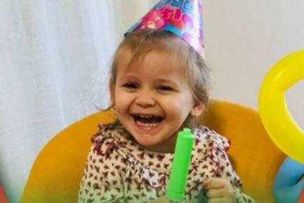 Život joj je počeo REANIMACIJOM: Mala Nađa je imala  dvije operacije iako ima samo tri godine i treba joj naša pomoć za prvi korak