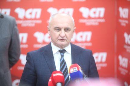Đokić uputio saučešće povodom smrti Živka Radišića: Izgubili smo velikog čovjeka, patriotu i prijatelja