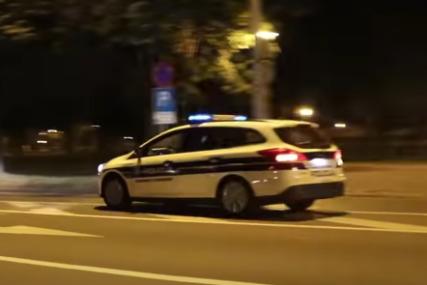 POGINULA DVOJICA MLADIĆA Automobil na Krku sletio u provaliju duboku 300 metara