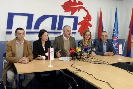 """""""Pobijedite, gospodo, ali ne sa POKRADENIM GLASOVIMA"""" Borenović očekuje da PDP uđe u dobojsku Skupštinu"""
