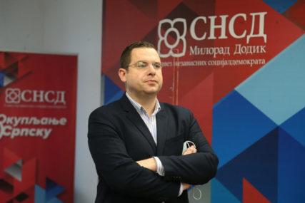 "Kovačevićev odgovor Džaferoviću ""Dok god su tu Dodik i SNSD, poštovaće se stav Srpske o vojnoj neutralnosti"""