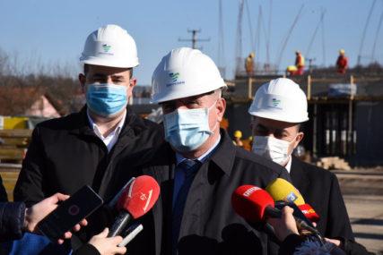 PREMIJER U DOBOJU Višković: Svi infrastrukturni projekti teku predviđenom dinamikom