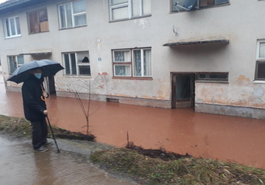 Kritično u Miljevini kod Foče: BISTRICA POPLAVILA dvije stambene zgrade i plastenike