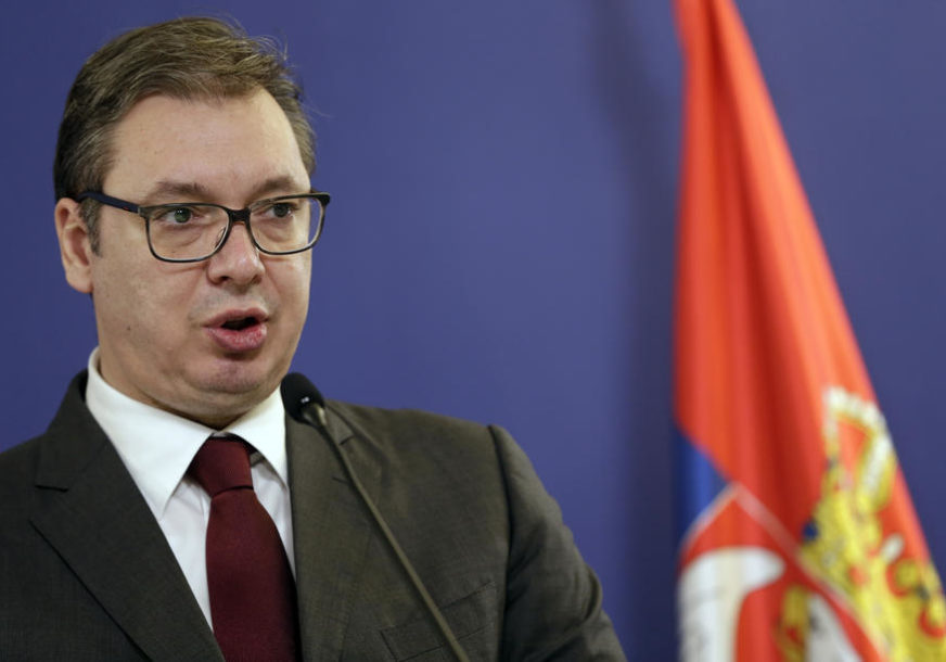 """""""Vakcine smo kupili nakon SVIH FAZA TESTIRANJA"""" Vučić poručio da i Modernine vakcine očekuju do kraja oktobra"""