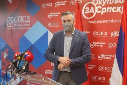 """""""Želimo da čujemo glas najumnijih"""" Rajčević poručio da je SNSD opredjeljen za dijalog sa akademskom zajednicom"""
