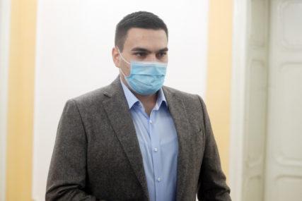 Komunalna policija ga tražila na dvije adrese:  Odbornik DEMOS dobio kaznu za kršenje mjere izolacije