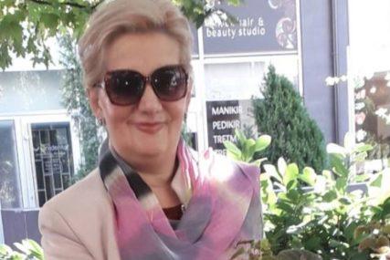 """""""Zasluge porodici zbog njege i posvećenosti"""" Dr Slavica Plavšić pokazala NEVJEROVATNE SNIMKE PLUĆA deke (82) prije i poslije korone (FOTO)"""