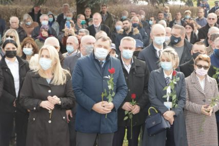 ZLOČIN U DRAKULIĆU Dodik: Žal za stradalima neće prestati vijekovima