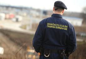 Uhapšen državljanin Pakistana: Policija pronašla 18 ilegalnih migranata