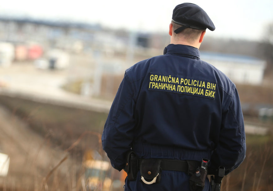 Na svakih 15,5 kilometara po jedan: Granicu BiH u jednoj smjeni nadzire samo 100 službenika Granične policije