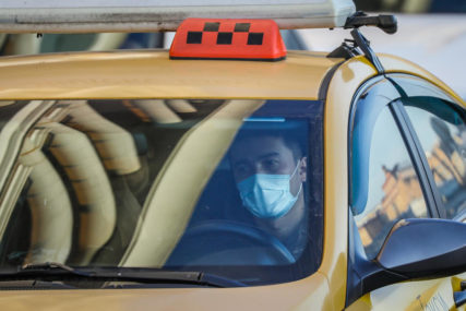 PRIJEDLOG NA RAZMATRANJU Maske bi mogle postati obavezna oprema u vozilima u Njemačkoj