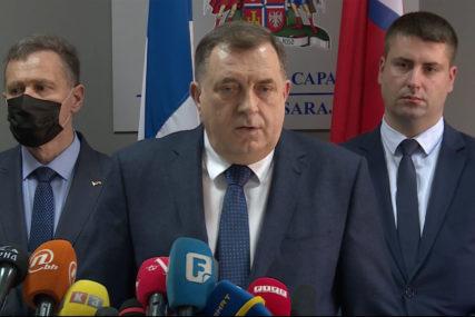 """""""NARUČILI I PLATILI"""" Dodik poručio da su ruske vakcine koje su stigle u Sarajevo namijenjene za Srpsku"""