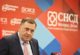 """""""Nikakvu korist nemamo"""" Dodik poručio da su intervencija međunarodne zajednice i visokog predstavnika zaglavili BiH u rasulo"""