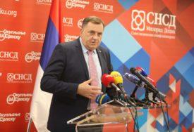 """""""Od izbora iduće godine zavisi sudbina BiH"""" Dodik smatra da članovi CIK treba da podnesu ostavku, ili da BUDU SMIJENJENI"""
