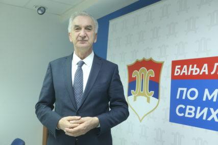 """""""NIKŠIĆ NASTAVIO PUT OSLOBOĐENJA"""" Šarović o izborima u Crnoj Gori"""