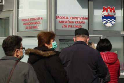 Nezadovoljni putnici gradskog prevoza: Traže duži rok za kupovinu mjesečnih karata