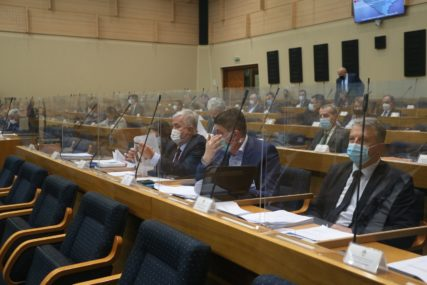 Iznos od 30 miliona evra: Poslanici o prijedlogu zaduženja Srpske za koridor Save i Drine