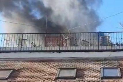 Vatrogasci ugasili požar: U restoranu se zapalila pica peć, nastala velika materijalna šteta