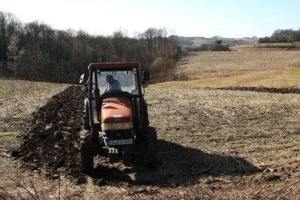 IZNOS DO 3.000 KM Konkurs za dodjelu novca za razvoj privrede i poljoprivrede