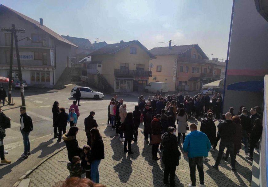 """Pravda je spora, ali dostižna"" Prnjavorčani nastavljaju proteste povodom presude Mujkiću"