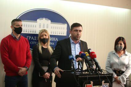 """Gradonačelnik Bijeljine sa Savezom sindikata Srpske """"Radnici NE SMIJU BITI ŽRTVE lošeg rukovođenja javnim preduzećima"""""""