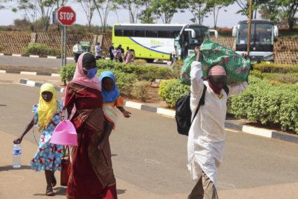BORBA S PANDEMIJOM Kovaks započinje isporuku 90 miliona vakcina u Afriku