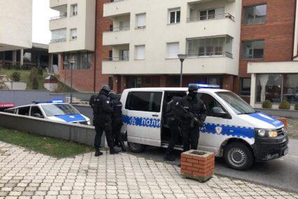 NAKON SASLUŠANJA U POLICIJI Škaljarci uhapšeni na Jahorini će biti protjerani u Crnu Goru (FOTO)