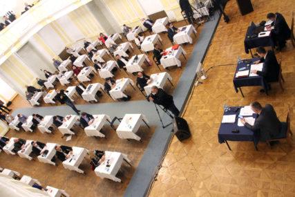 Slabi rezultati predstavnika građana: Nakon osam sati rasprave glasanje o Nacrtu budžeta ostavili za sutra