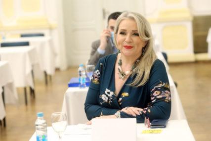 NAKON KAZNE OD 1.000 KM Kutlešić Stević poručila: Poštujem izolaciju, zato sam i otišla na vikendicu da ne ugrozim članove porodice