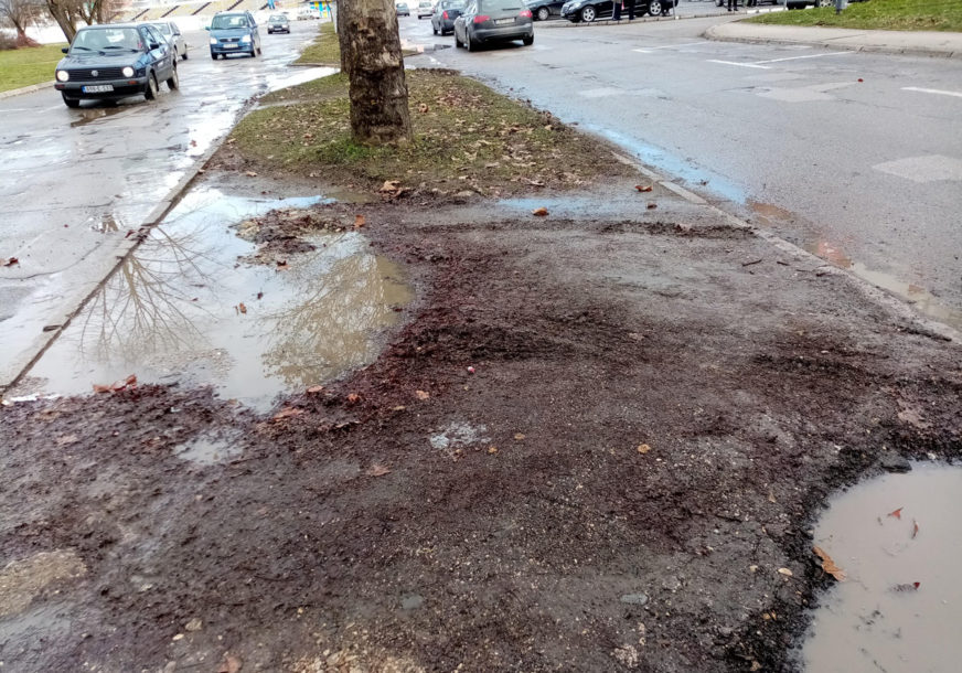 MILIONI POTROŠENI, RUPE OSTALE U Prijedoru se građani žale na loše puteve