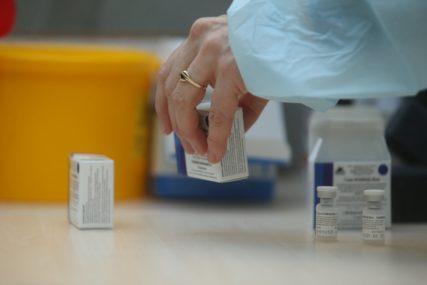 Vakcinacija u Doboju: Gužve zbog dolaska mimo zakazanih termina