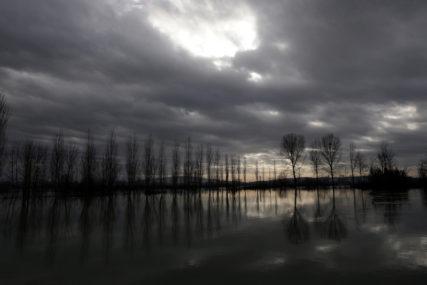 Albanija se bori sa poplavama: Kuće pod vodom, domaćinstva bez struje (FOTO)