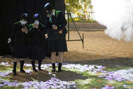 BIZARNA PRAVILA Japanki isplaćena odšteta zbog pritisaka nastavnika da farba kosu u crno