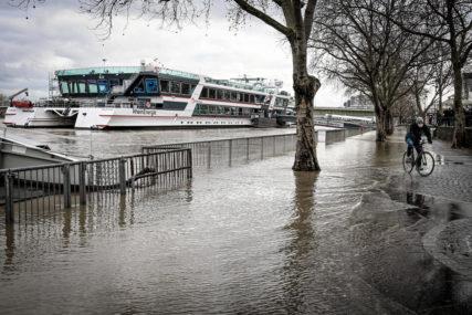 Poplave u Njemačkoj: Jedna opština odsječena od ostatka zemlje