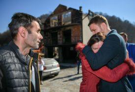 Banjalučani uz Bojaniće: Grad pomaže porodici kojoj je izgorjela kuća (FOTO)